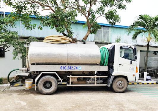 Công ty vệ sinh môi trường VIỆT IPHỐ - Đơn vị hút hầm cầu có giá tốt nhất hiện nay