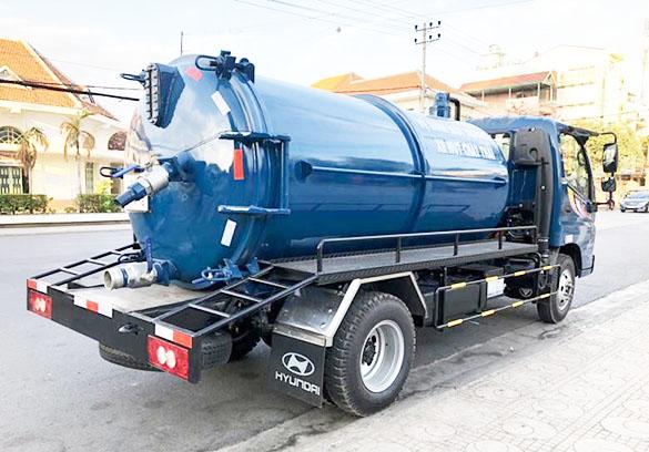 Dịch vụ hút hầm cầu chuyên nghiệp tại công ty vệ sinh môi trường VT