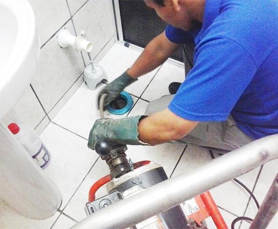 Tiết kiệm chi phí là tiêu chí hàng đầu tại công ty vệ sinh VIỆT IPHỐ